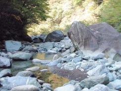 06巨岩帯09-10-28