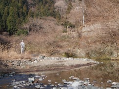 03魚影が濃い夕滝前のプール10-2-24