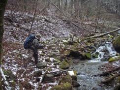 09雪の渓流でキャスト10-3-26