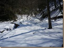 07残雪が深い山伏峠近傍11-3-29