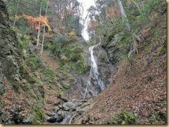 10紅葉の雌滝11-12-6